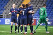 قزاقستان صفر - فرانسه ۲/ نخستین برد خروسها