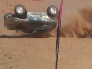 ویدیو  لحظه حادثه وحشتناک در مسابقات اتومبیلرانی عربستان