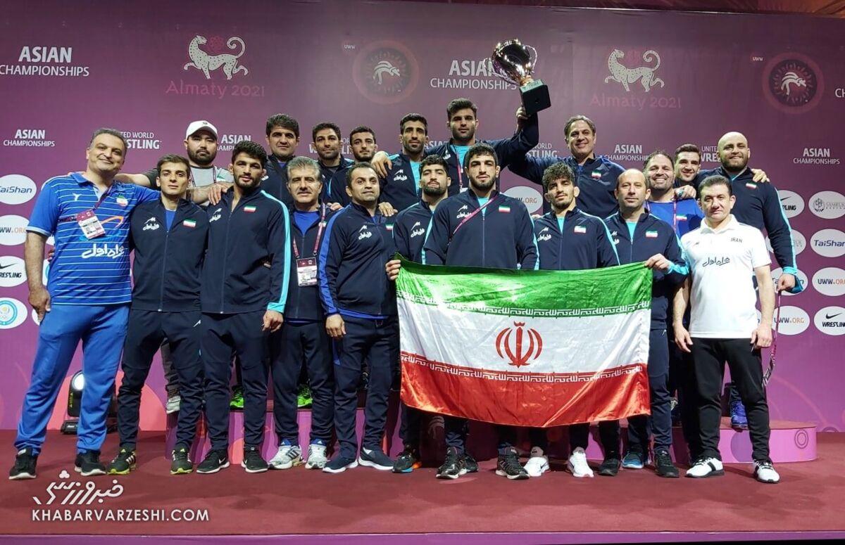کشتیآزاد ایران با ۸ مدال روی سکوی قهرمانی آسیا/ طلا بر گردن یزدانی و قاسمپور