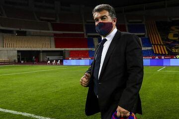رئیس بارسلونا هم کنار رئیس رئالمادرید قرار گرفت