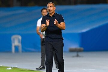 درخواست رسانه قطری برای اخراج سرمربی الدحیل/ خشم هواداران السد از حذف تیمشان