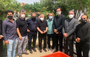 عکس  حضور پرسپولیسیها در مراسم تشییع پیکر مرحوم جاسمیان/ کدام چهرههای مطرح آمده بودند؟