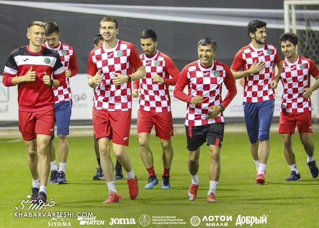 عکس| استقلال با لباس کرواسی در فکر صعود