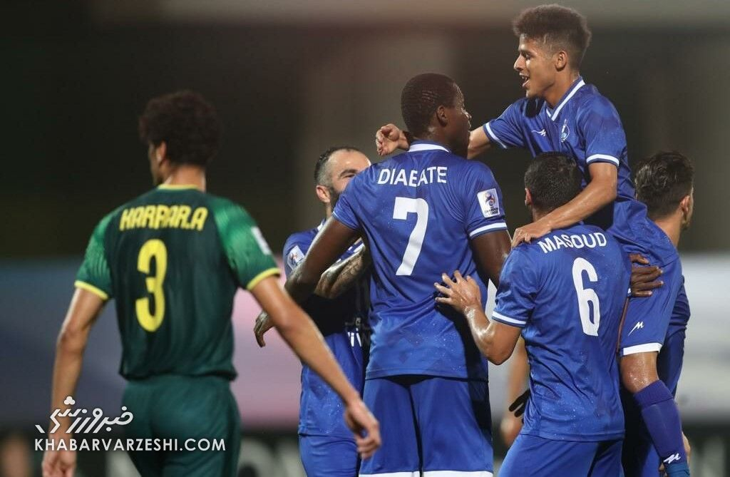 رونمایی از کاپیتان جدید استقلال در لیگ برتر در غیاب ۳ بازیکن