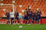 سرود قهرمانی بارسلونا در خانه مسی