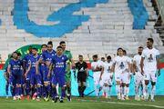 کاپیتان جوان استقلال دست از ترکیب تیم نمیکشد