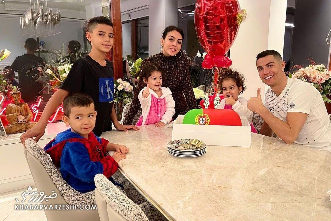 درخت خانوادگی کریستیانو رونالدو - فرزندان