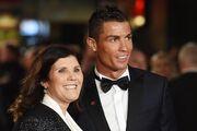 مادر رونالدو تیم جدید او را تعیین کرد