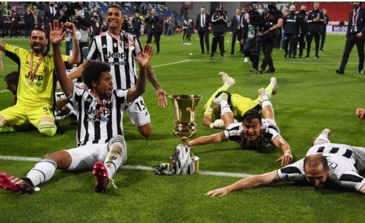 ویدیو  جشن قهرمانی یوونتوس در جام حذفی ایتالیا