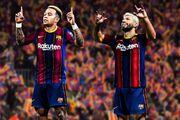بارسلونا دو مهاجم باتجربه جذب میکند