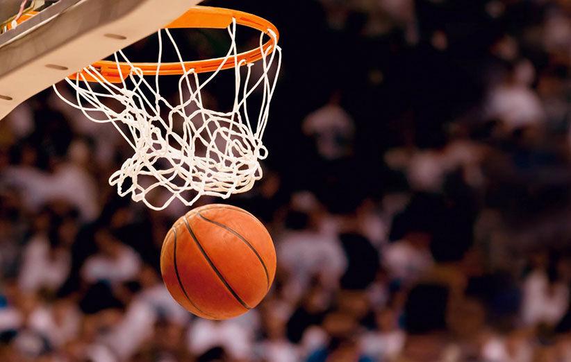 ویدیو| سقوط وحشتناک سبد بسکتبال در حین بازی