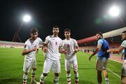 تصویر متفاوت رختکن تیم ملی پس از شکست بحرین/ وحید امیری پس از مصدومیت