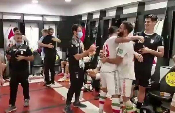 ویدیو  خوشحالی بازیکنان تیم ملی در رختکن پس از برد بحرین