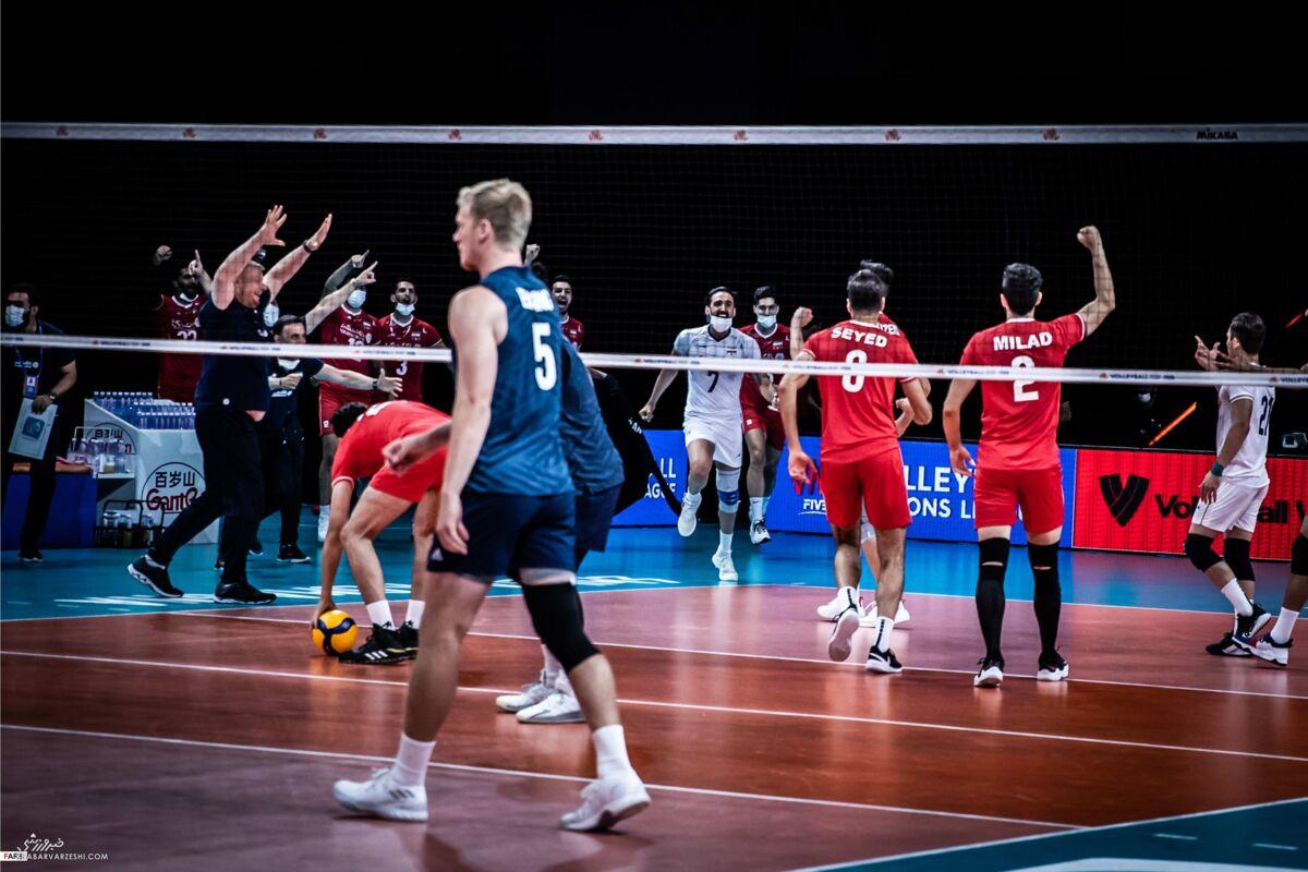 تصاویر فریاد شادی ستارههای والیبال ایران مقابل آمریکا