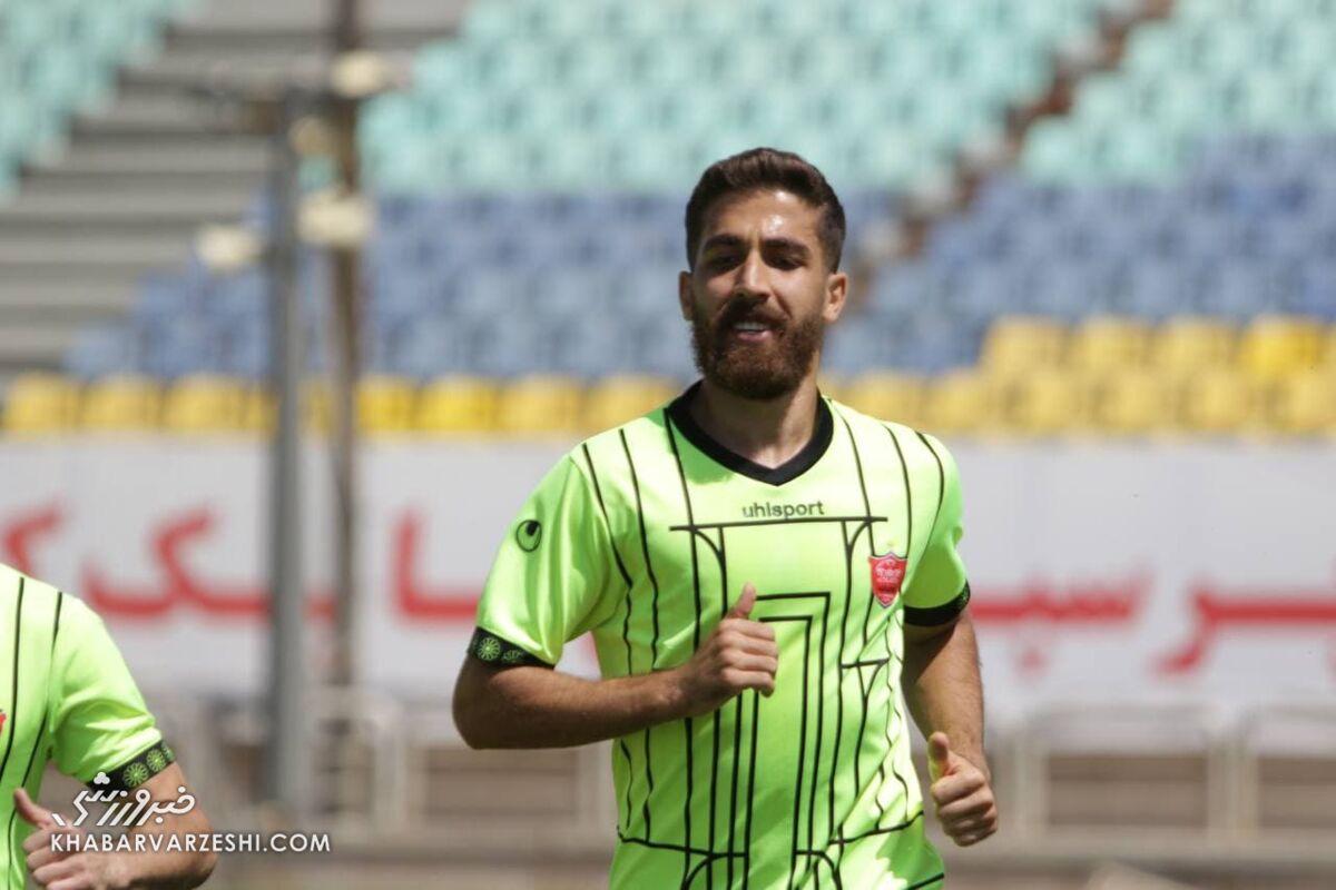 فدراسیون فوتبال اعلام کرد؛ مدافع پرسپولیس بازی با مس را از دست داد