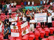 گزارش تصویری| بازگشت تماشاگران در لندن، بخارست و آمستردام/ اشتیاق انگلیسیها