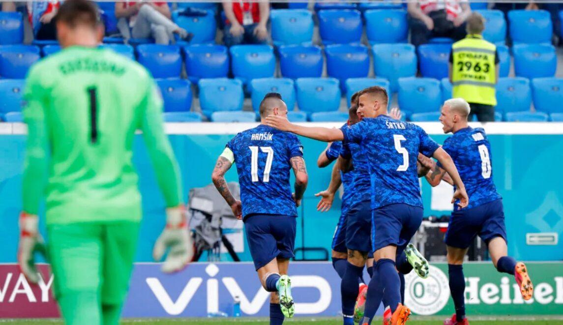 ویدیو  خلاصه بازی لهستان 1-2 اسلواکی