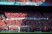 تصاویری از یک دقیقه تشویق اریکسن/ بازی دانمارک باز هم خاص شد