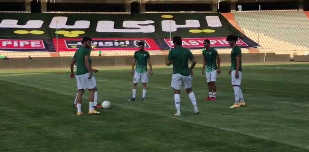 ویدیو  گرم کردن بازیکنان تراکتور پیش از دیدار با پرسپولیس