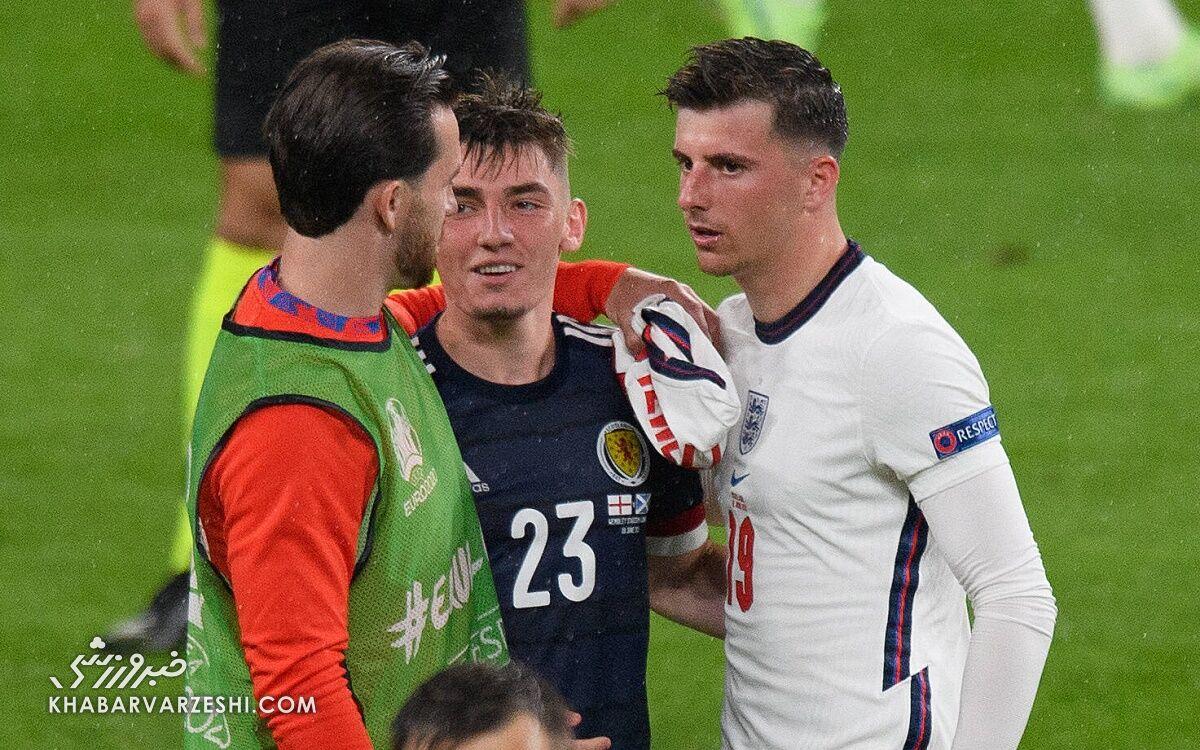 این بازیکنان تیم ملی انگلیس بیعقل هستند!/ ۲۰ دقیقه با حریف حرف میزنید؟!