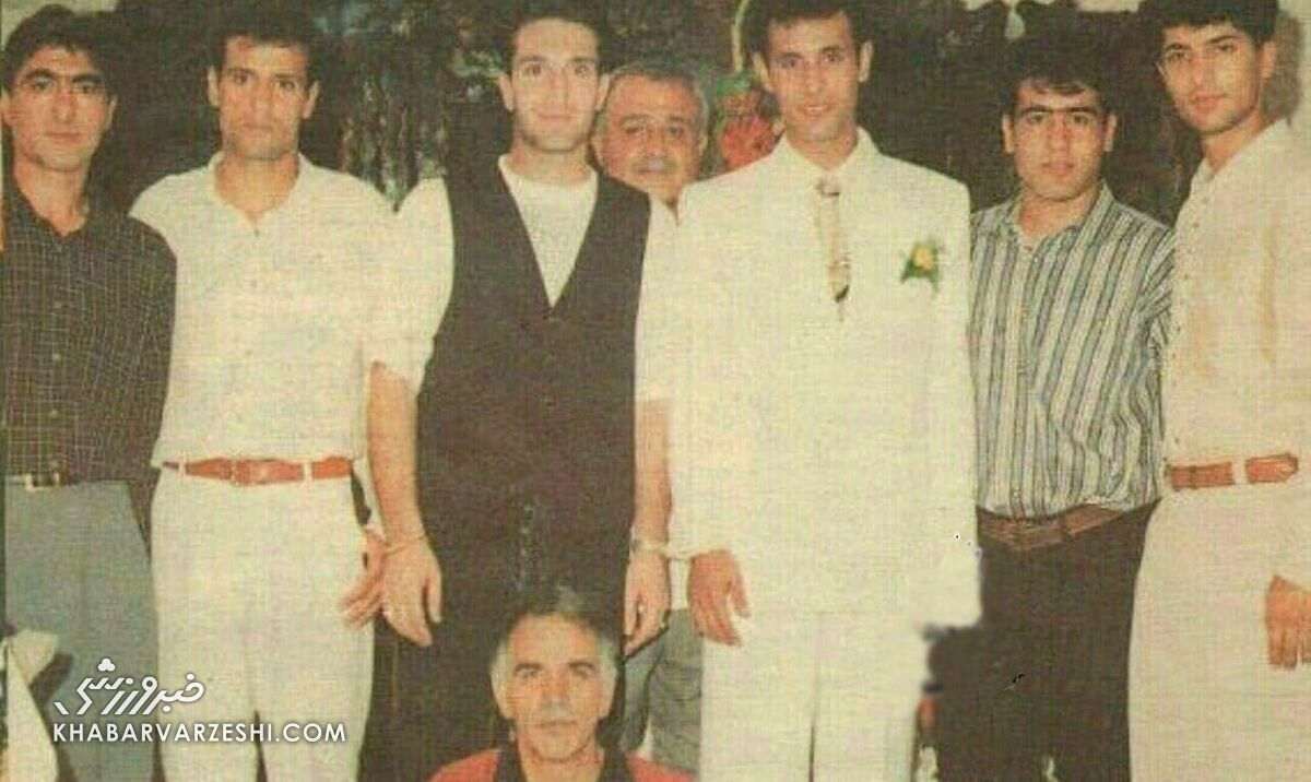 عکس قدیمی از جشن عروسی گل محمدی با حضور زنده یاد مهرداد میناوند