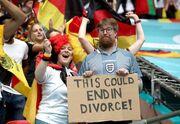 گزارش تصویری  از مردی که زنش برای فوتبال طلاقش میدهد تا دیوانگی انگلیسیها!