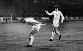 ویدیو  تقابل سهشیرها با یوگسلاوی در نیمهنهایی جام ملتهای اروپای ۱۹۶۸