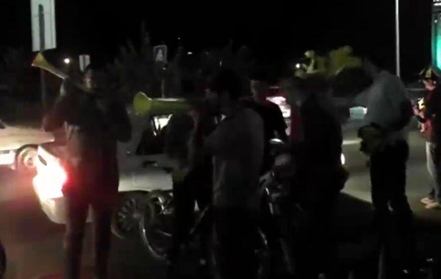 ویدیو| شادی هواداران فجرسپاسی پس از صعود به لیگ برتر
