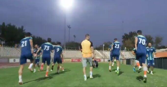 ویدیو| گرم کردن بازیکنان سایپا و آلومینیوم پیش از آغاز بازی
