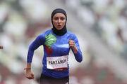 جالبترین عکس امروز در المپیک از یک ایرانی/ فرزانه فصیحی و نشانههای پرچم ایران