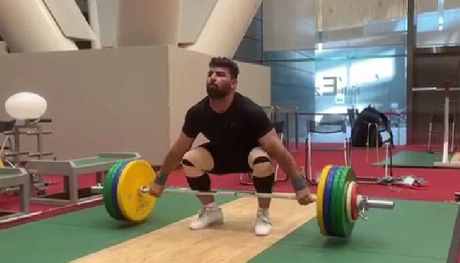 ویدیو| تمرینات داوودی و هاشمی؛ نمایندگان وزنه برداری ایران در توکیو
