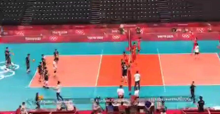 ویدیو| گرم کردن دو تیم والیبال ایران و ژاپن قبل از شروع بازی