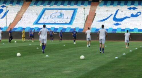 ویدیو  گرم کردن بازیکنان استقلال پیش از آغاز بازی با گل گهر