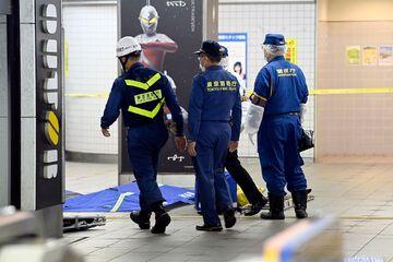 اتفاق وحشتناک در حاشیه المپیک/ حمله مرگبار با چاقو به ۱۰ نفر در مترو توکیو