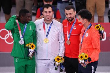 گنجزاده مدال طلای المپیک را به مردم ایران و خوزستان تقدیم کرد