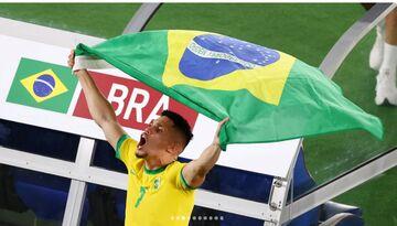ویدیو  جشن اهدای مدال طلا به برزیل، قهرمان فوتبال المپیک ۲۰۲۰