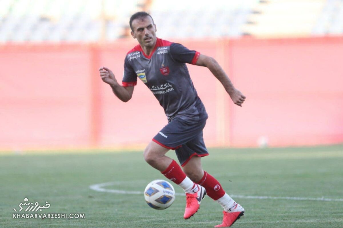 حسینی: باشگاه و بازیکنان شرایط سختی دارند/ باید آمادگی هر چیزی را داشته باشیم