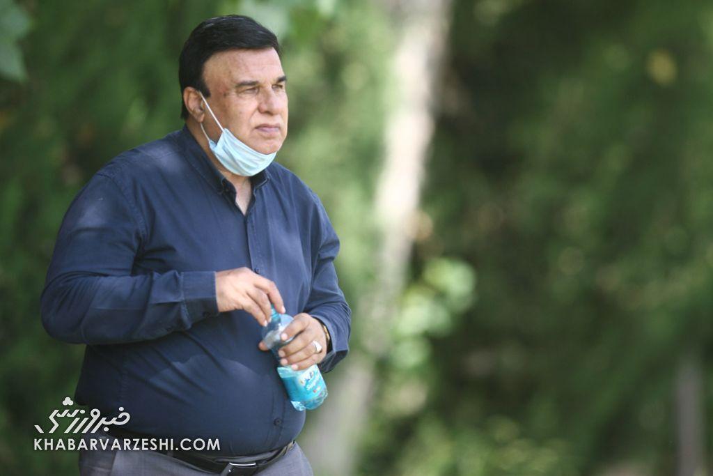 بازداشت هوادار هتاک به پرویز مظلومی/ واکنش مظلومی