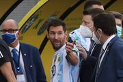 اعتراض مسی به رفتار برزیلیها/ قبل از بازی کجا بودند؟