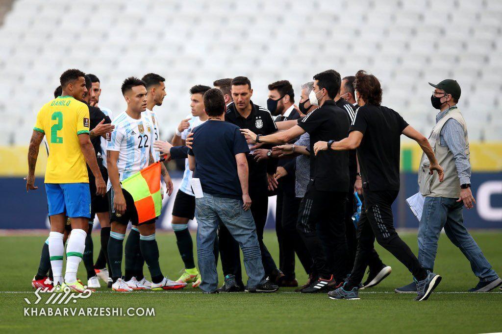 توقف بازی برزیل - آرژانتین