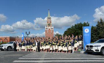 تصاویر  رونمایی از خودروهای لوکس اهدایی پوتین به ورزشکاران المپیکی