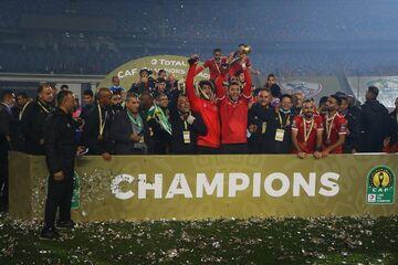 پرافتخارترین تیمهای تاریخ فوتبال را بشناسید/ کلکسیون رنگارنگ افتخارات