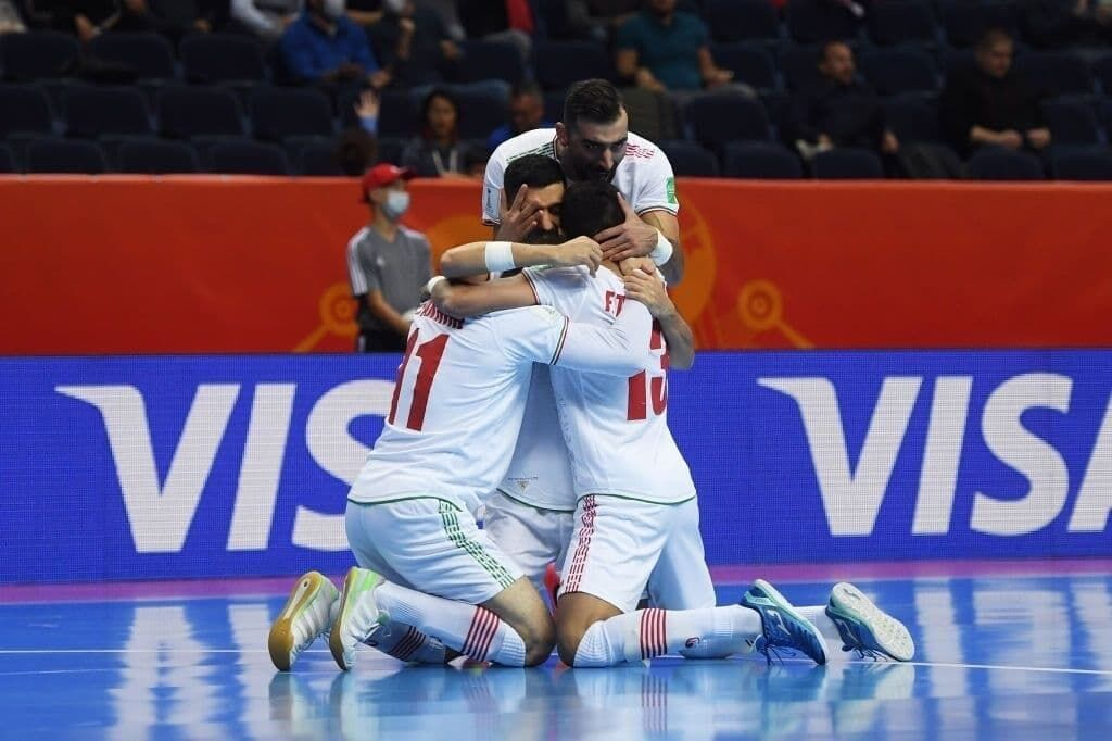 ببینید  خلاصه فوتسال ایران ۳-۲ صربستان