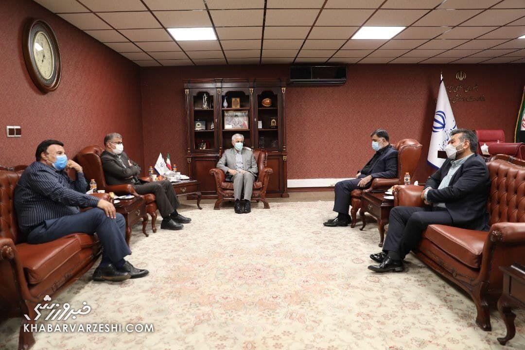 اولین تصویر از مدیرعامل و هیئت مدیره جدید استقلال/ دیدار با وزیر ورزش