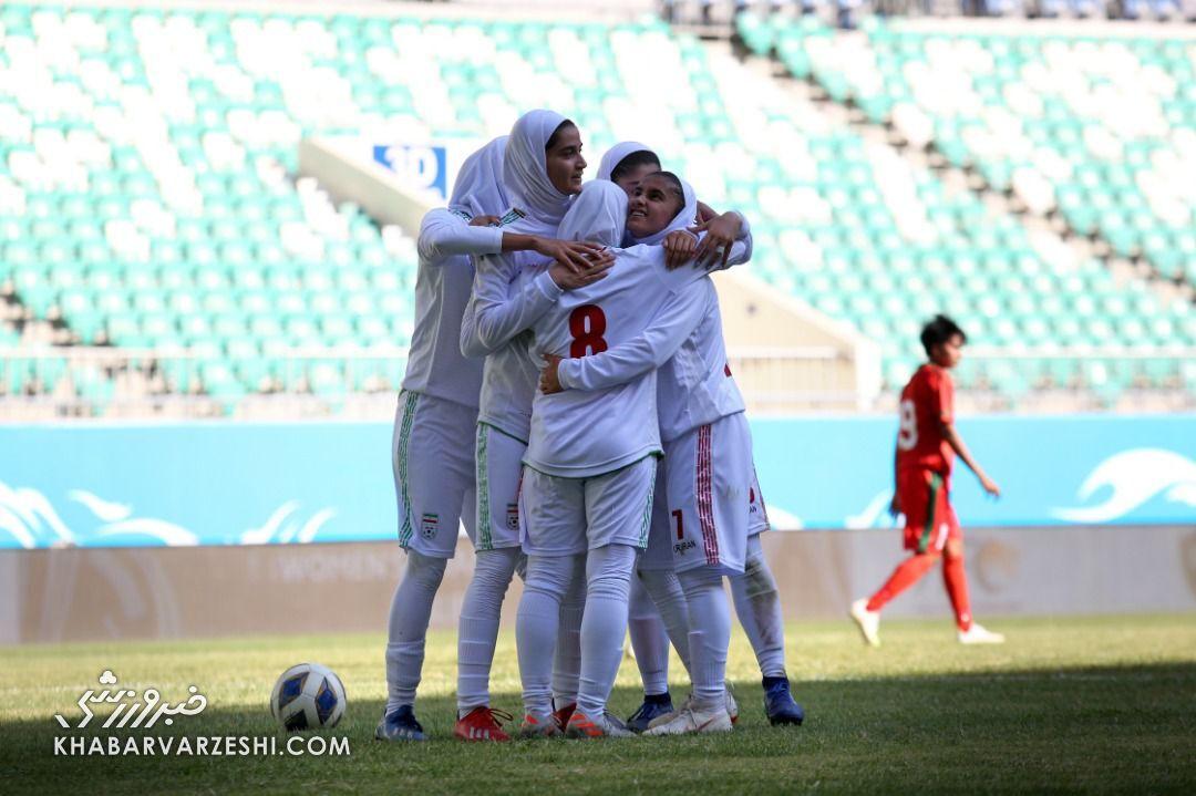 ببینید| جشن بانوان ملیپوش فوتبال ایران پس از صعود تاریخی به جام ملتها