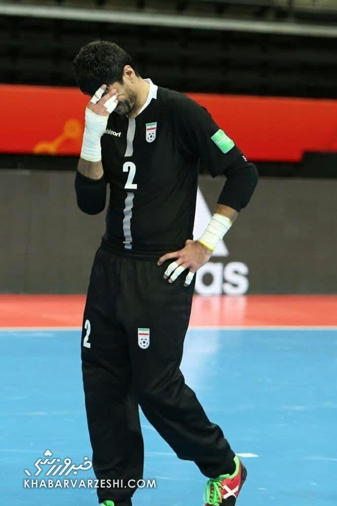 ۳ تصویر تلخ و ناراحت کننده از اشک های ملی پوشان ایران برای حذف ناباورانه از جام جهانی