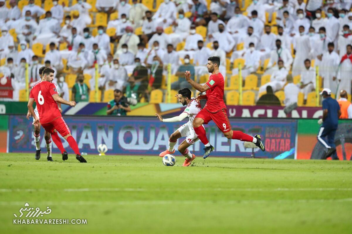 مشاجره دو بازیکن تیم ملی ایران مقابل امارات