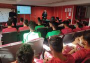 کلاس توجیهی کمک داور ویدیویی برای بازیکنان پرسپولیس
