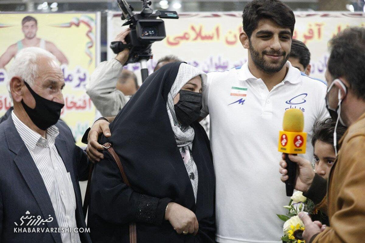قهرمانان تیم ملی کشتی فرنگی ایران