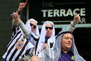 تصاویری از اولین دیدار نیوکاسل جدید/ از حضور مهرداد قدوسی و آماندا استیولی تا هواداران سعودی!